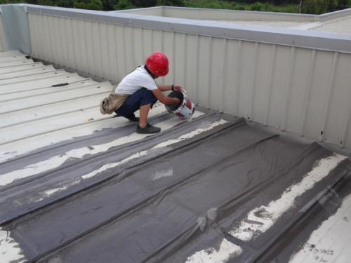 专业的房顶防水补漏工程价格