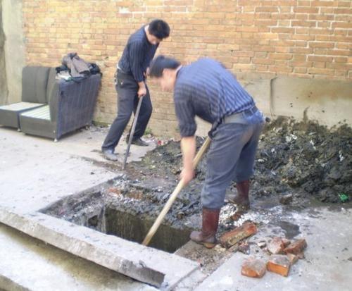 东莞的物业清理疏通化粪池哪家好