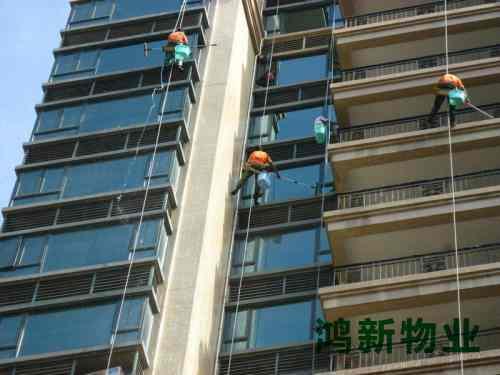 高楼外墙玻璃清洗方案